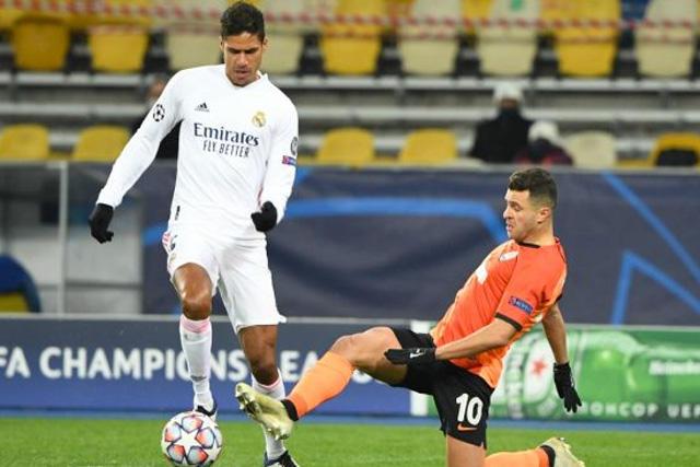 Raphael Varane podría terminar en el Manchester United la próxima temporada