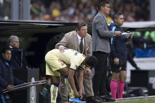 Miguel Herrera reveló que Giovani dos Santos siempre ha tenido problemas de lesiones
