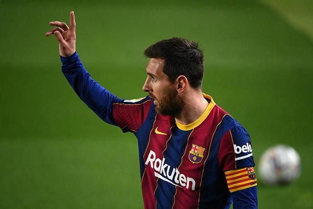 Lionel Messi responde a reclamos de los directivos del Sevilla