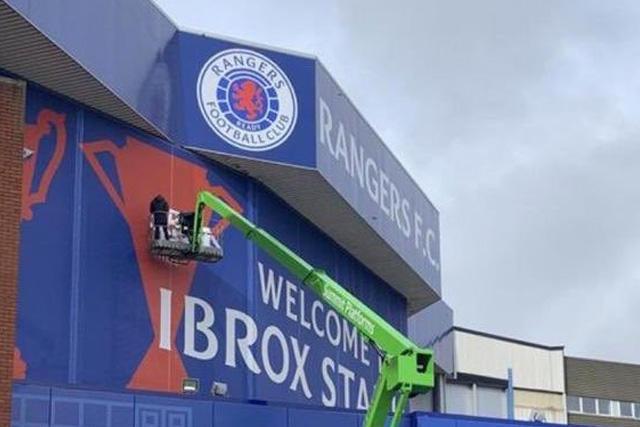 Aficionados del Celtic hicieron un pequeño ajuste a los títulos de los Rangers