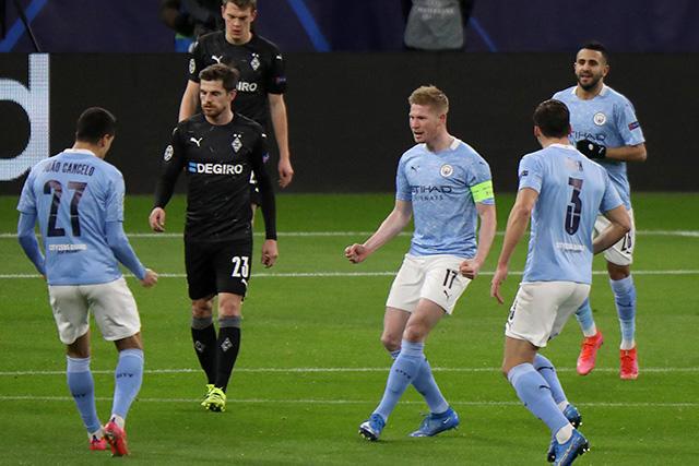 Manchester City consiguió una fácil clasificación a cuartos de final de la Champions League