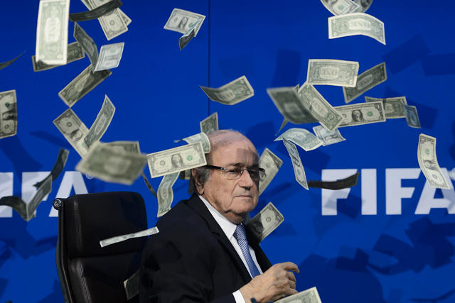 Joseph Blatter recibe nueva sanción por parte de la FIFA