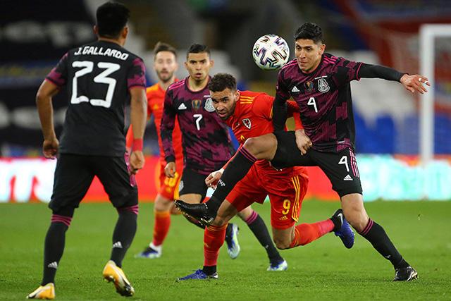 Gales denuncia actos racistas tras el juego ante México