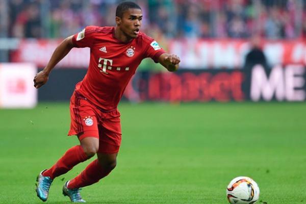 Tigres quiere a Douglas Costa del Bayern Múnich