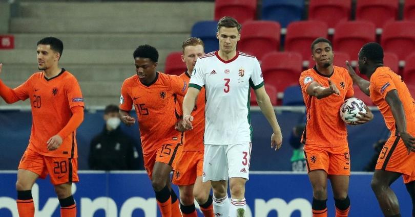 Países Bajos y Bélgica propinan goleadas de videojuego en eliminatorias