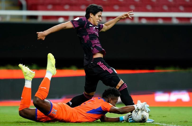 Macías pone el primer gol en la final del Preolímpico