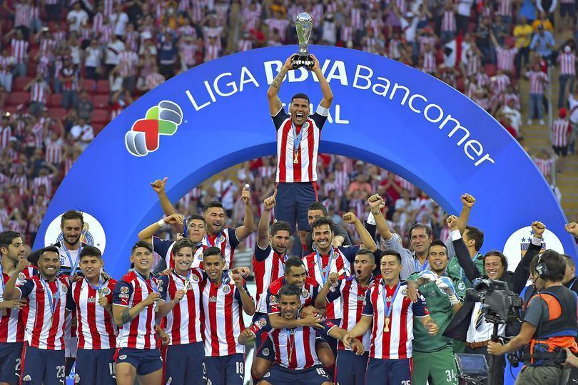 Los éxitos de Carlos Salcido como futbolista profesional