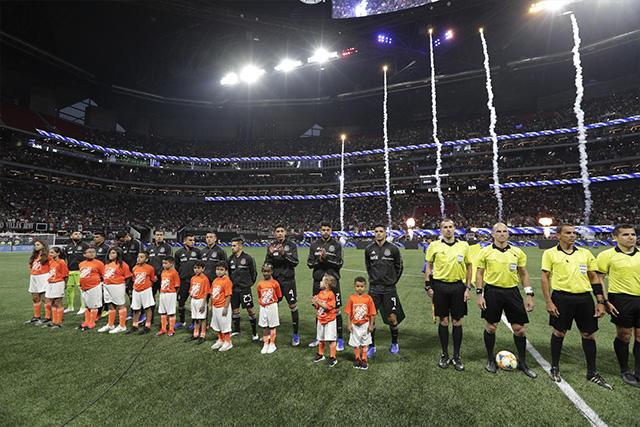 México regresa a Estados Unidos y jugará con aficionados ante Islandia
