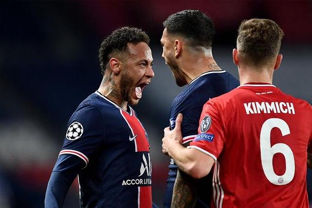 Neymar y Paredes celebran el pase del PSG a las semis de la Champions League