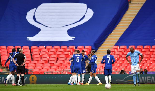 Los Blues celebran el gol que les dio el pase a la final