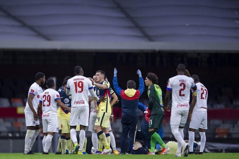 Futbolista que fracturó a Jesús López no será castigado por la Concacaf