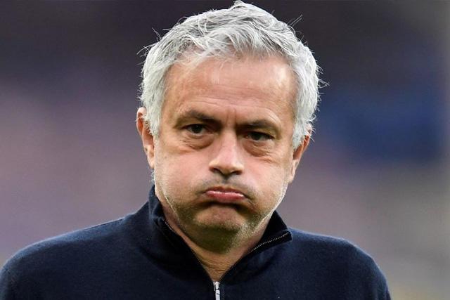 José Mourinho fue destituido del Tottenham