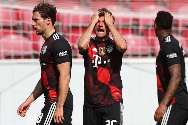 Müller desesperado con el partido