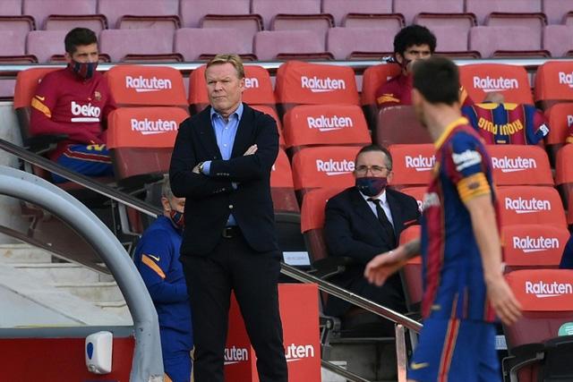 Ronald Koeman acepta que es inesperado que el Barcelona luche por el título