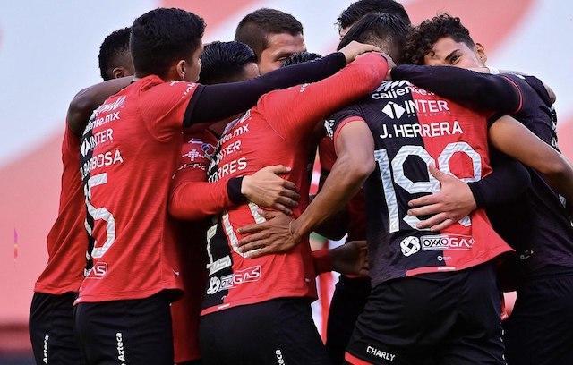 Los Zorros celebran el triunfo