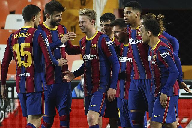 LaLiga abrió investigación a jugadores del Barça por comida en casa de Messi