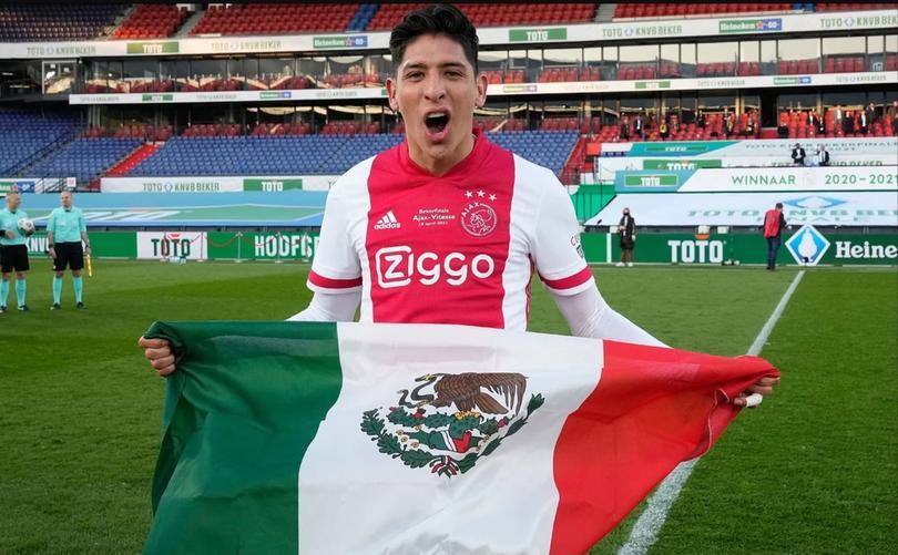 Nominan a Edson Álvarez como jugador del año en la Eredivisie