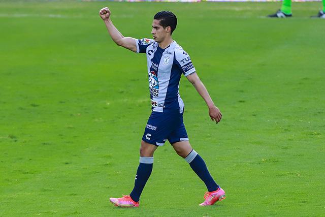 Erick Aguirre celebra su gol ante el América