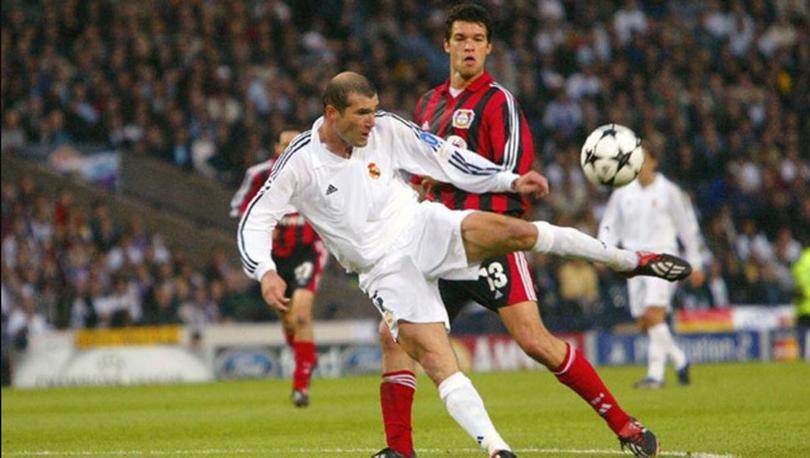 Se cumplen 19 años de la volea de Zidane ante Bayer Leverkusen
