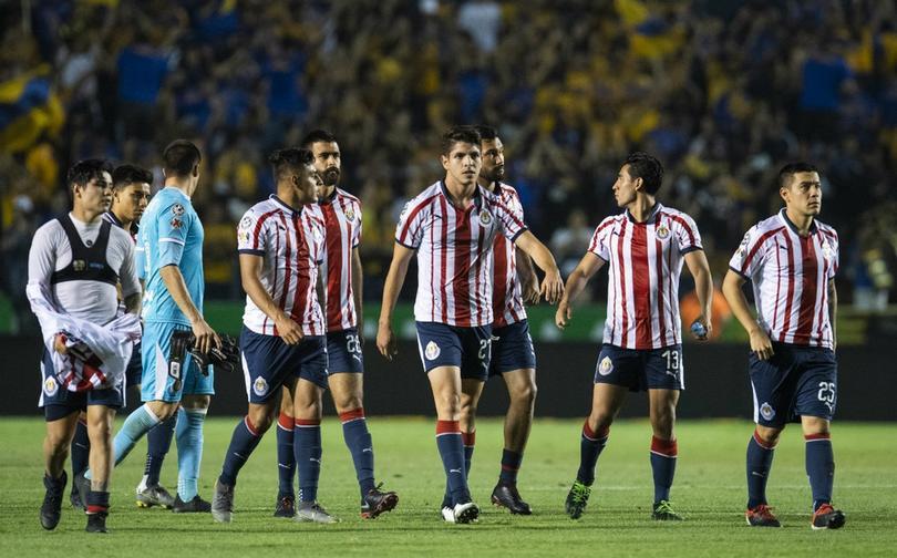 Chivas pone 13 jugadores transferibles para el Apertura 2021