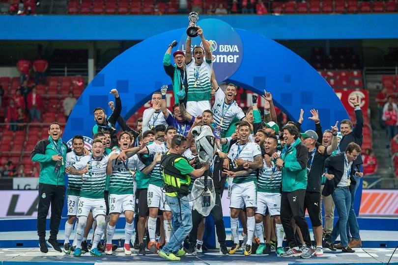 Santos ha conseguido tres de sus seis título en esta fecha