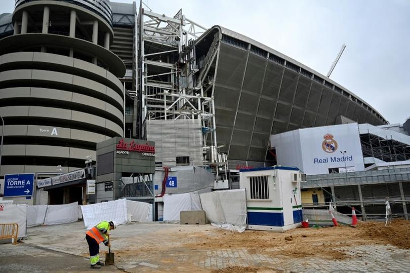 Una de las columnas del Bernabéu ha sufrido un incendio
