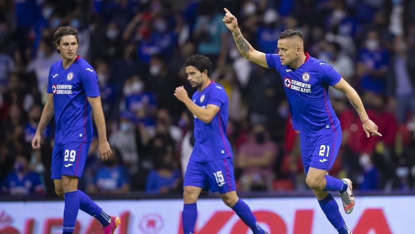 Reynoso contó las posiciones que quiere cubrir en Cruz Azul