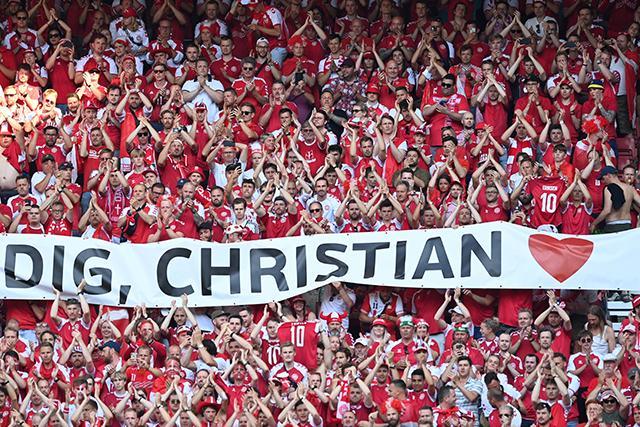 El partido en Dinamarca se detuvo para aplaudir a Eriksen