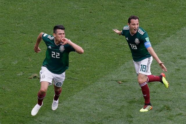 Chucky Lozano celebra su gol ante Alemania en el Mundial de Rusia 2018