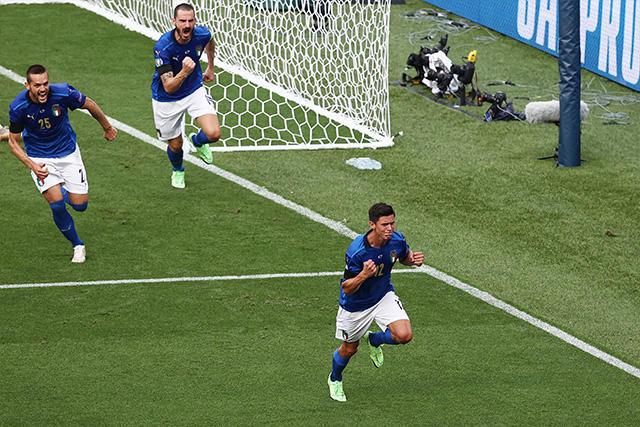 Italia sigue dominando y pinta como uno de los favoritos para la fase de eliminación de la Euro