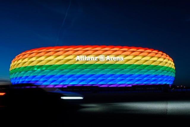 La UEFA rechaza la iluminación arcoíris del Allianz Arena para el Alemania vs Hungría