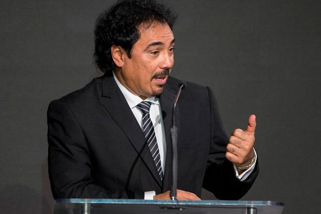 Hugo Sánchez se lanzó en contra de la convocatoria de Funes Mori con el Tri