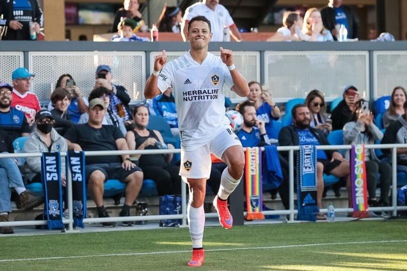 Chicharito metió su noveno gol en la actual temporada con el Galaxy