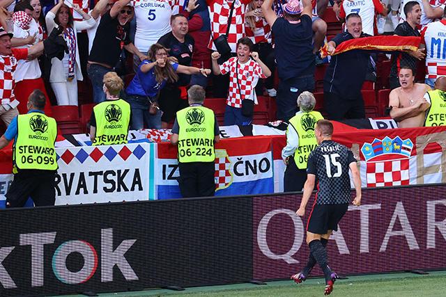 Croacia sigue con vida y empató el partido en los últimos minutos con gol de Pasalic