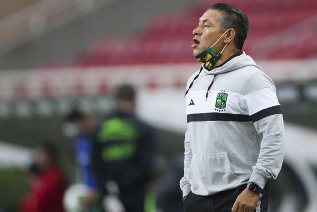 Nacho Ambriz es nuevo DT del Huesca
