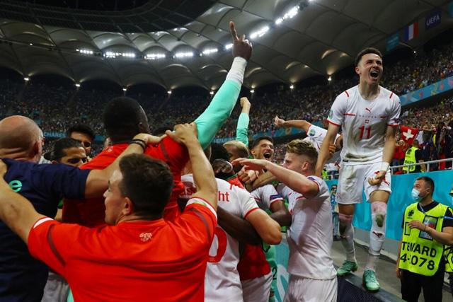 Suiza celebra su pase a cuartos de final