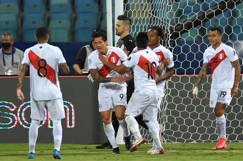En un partidazo, Perú eliminó a Paraguay en los cuartos de la Copa América