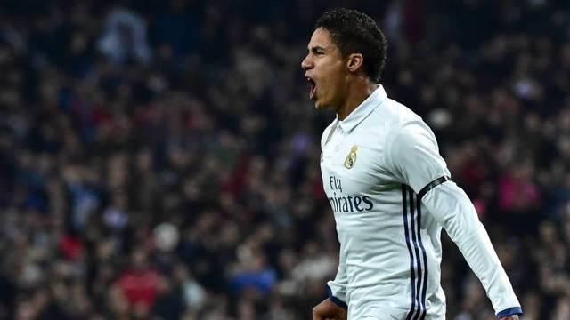 Varane dejaría al Real Madrid después de diez temporadas