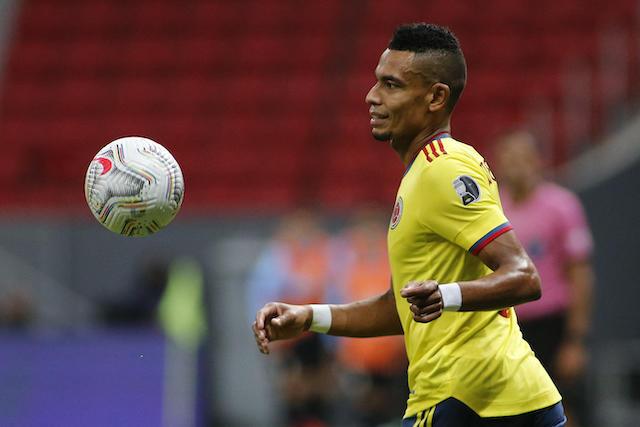William Tesillo es parte de los cinco colombianos que juegan en nuestro país