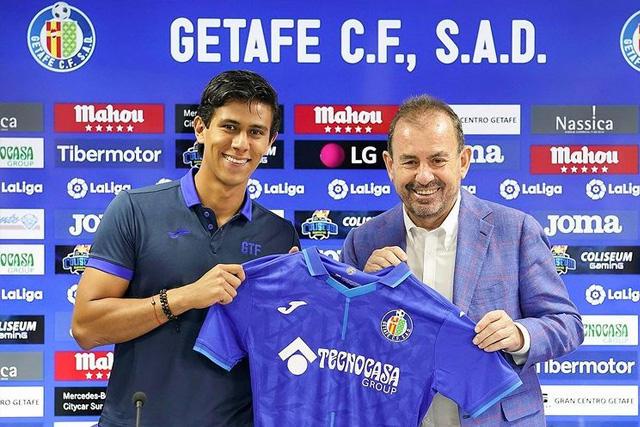José Juan Macías en su presentación con el Getafe
