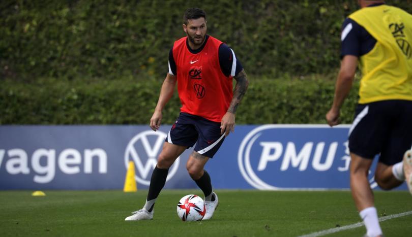 Gignac metió un golazo en el entrenamiento con Francia