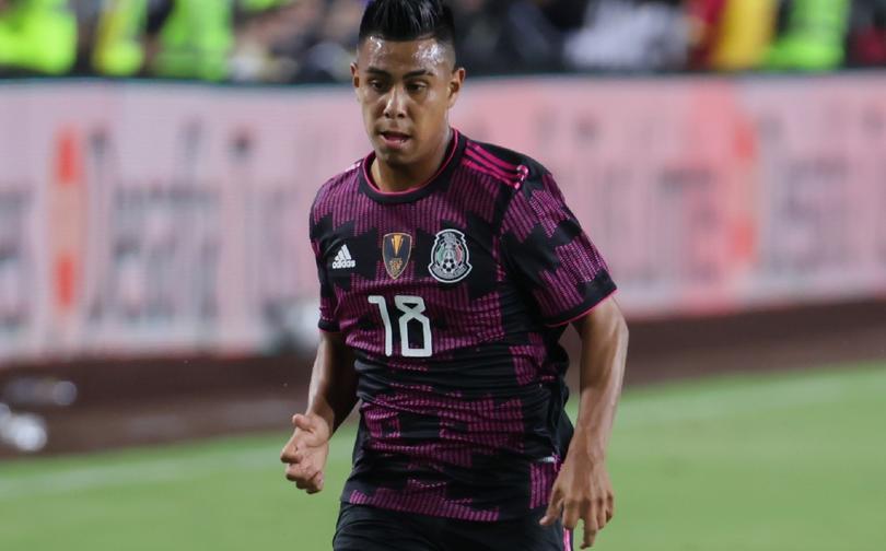 Efraín estará ligado dos años más con el Galaxy y Chivas no podrá ficharlo