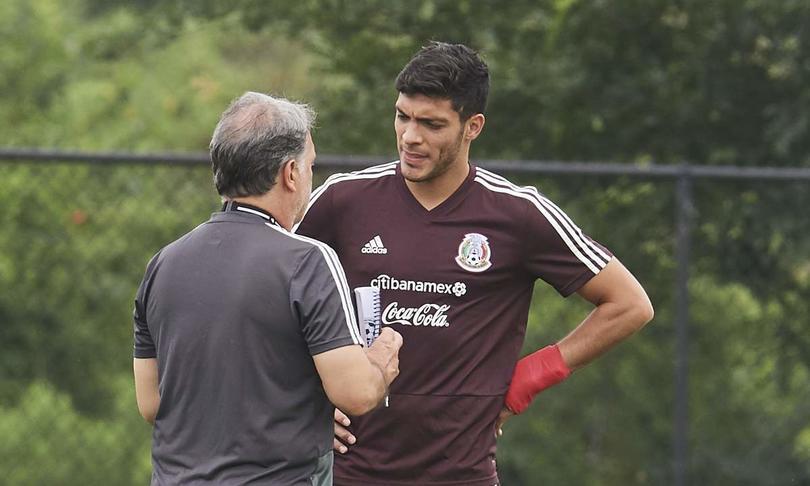 Martino espera cotar con Jiménez en la próxima fecha FIFA