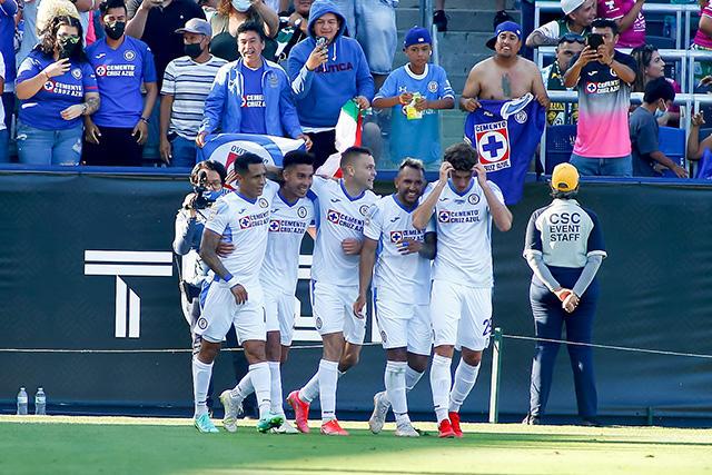 Cruz Azul vence 2-1 a León y se lleva el Campeón de Campeones