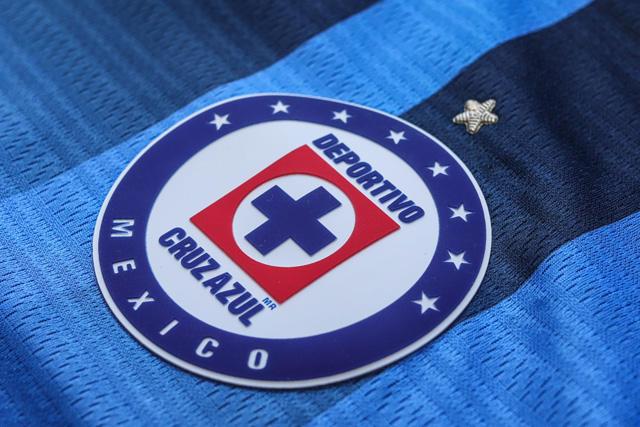 Cruz Azul presentó su nuevo jersey de local para el Apertura 2021