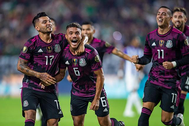 México venció 3-0 a Honduras en los cuartos de final de la Copa Oro