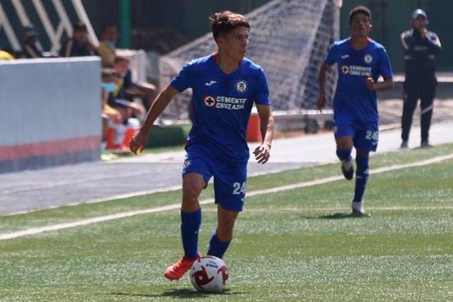 Rodrigo Huescas es uno de los cuatro jugadores Sub-20 que podrían debutar en la Liga MX con Cruz Azul