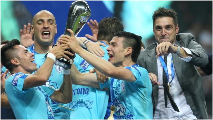 Pachuca celebrando el título de Liga