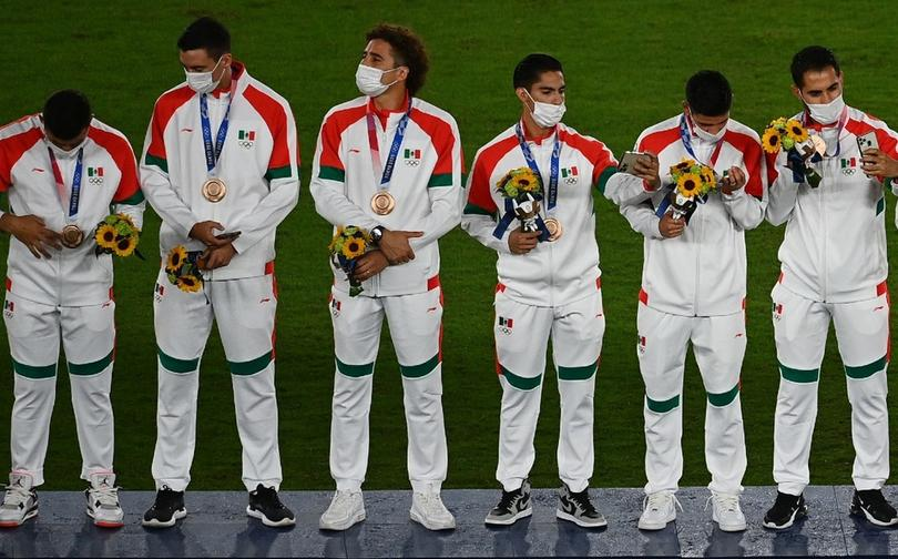 México recibe la medalla de bronce