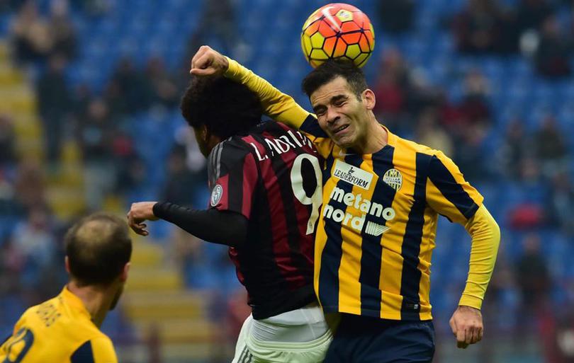 Con 35 años, Márquez se aventuró a jugar en Italia